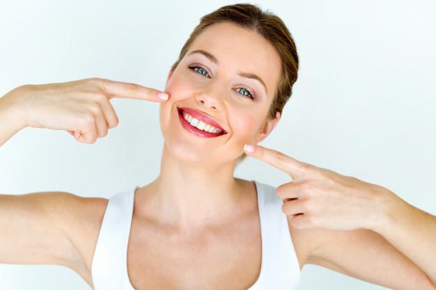 Manutenção das lentes de contato dental